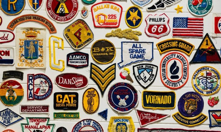 لا تبخل على شركتك بإنشاء هوية علامة تجارية مميزة وفاعلة